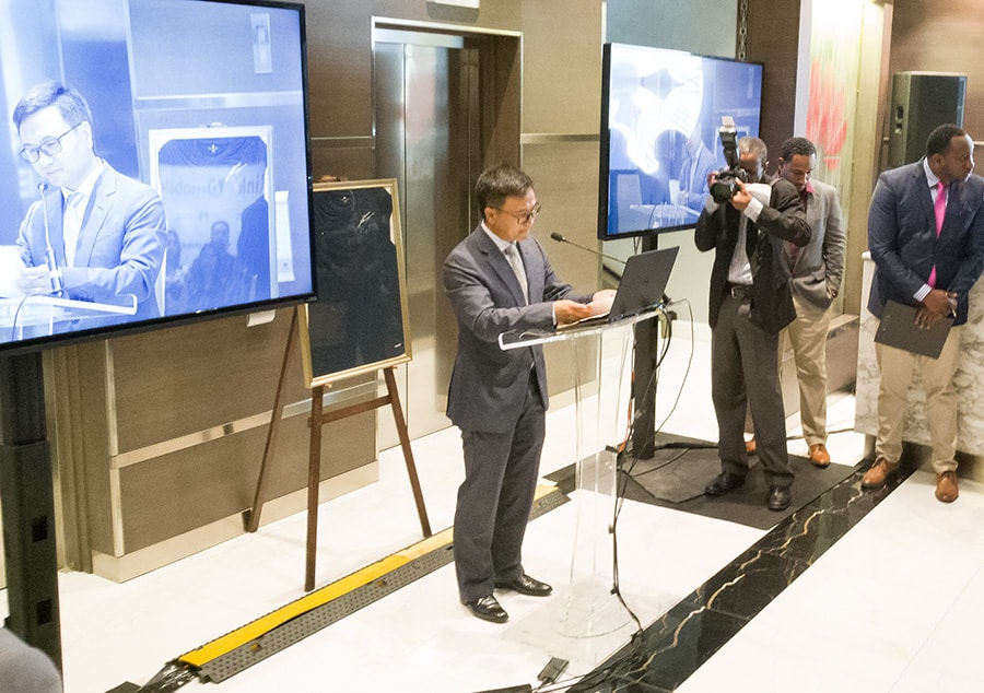 Jason Deng delivers his launch speech at the introduction of the P9 smartphone line. Photo by Mark Lyndersay.