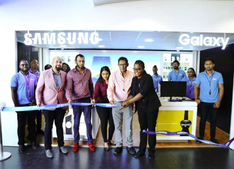 Samsung opens Experience Kiosks at Gulf City, C3